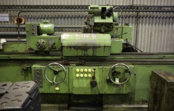 Кругло-шлифовальный станок BHU32 2000