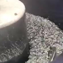 Слесарная обработка на галтовочном оборудовании